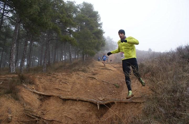Corriendo minimalista en montaña