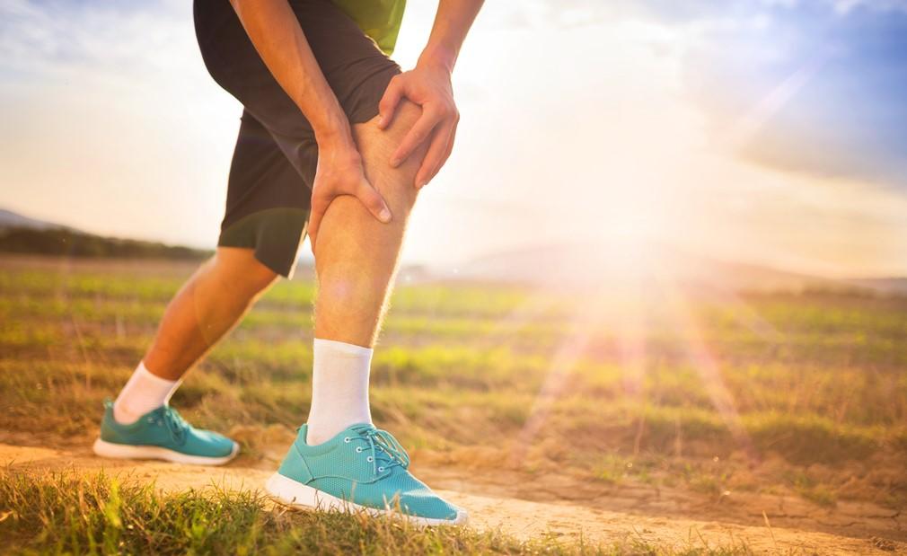 Corredor con dolor de rodilla