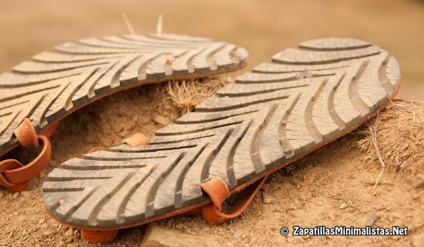 Suela Tire Sandals